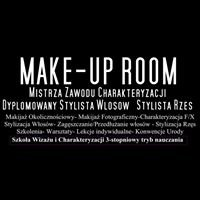 Make-Up Artist Monika S.J