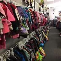 Bizzy Beez Maternity and Children's Resale