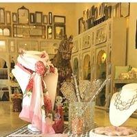 Aashka : Luxury Lifestyle Boutique