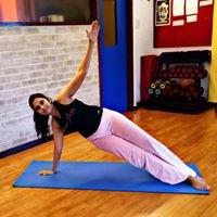 Venu Adhiya Hirani - Nutritionist & Fitness Coach